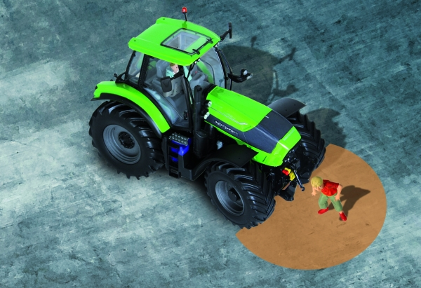 DEUTZ-FAHR Driver Extended Eyes technology wins a silver medal in the Agritechnica Innovation awards 2015